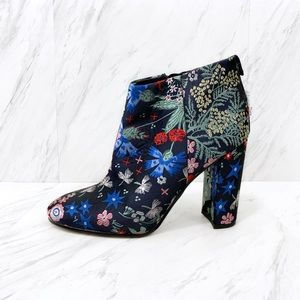 Sam Edelman- Campbell Floral Brocade Boots SZ 7.5